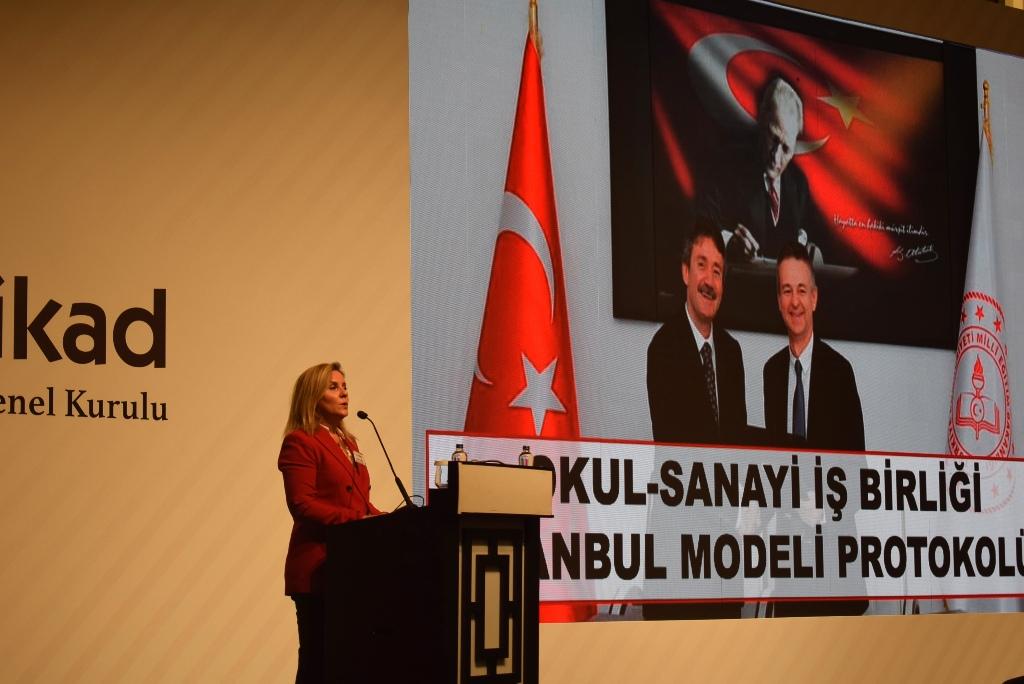UTİKAD'ın Yeni Başkanı Ayşem Ulusoy